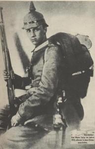 """L'autore della poesia """"Lili Marleen"""" Hans Leip - Foto realizzata nel corso della prima guerra mondiale, nel 1915"""