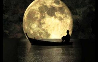 Luna sera barca mare